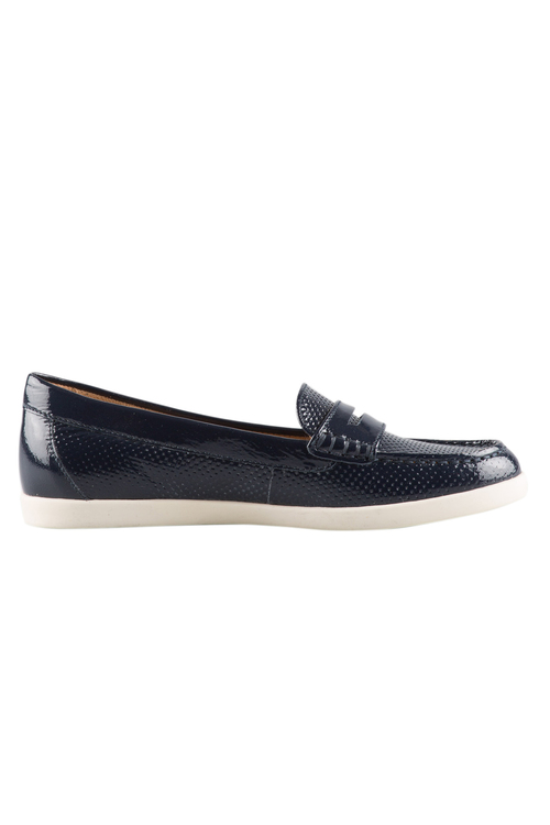 Naturalizer Gwen Court Flat
