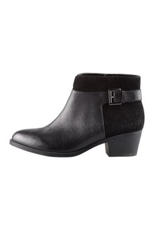Naturalizer Wanya Ankle Boot