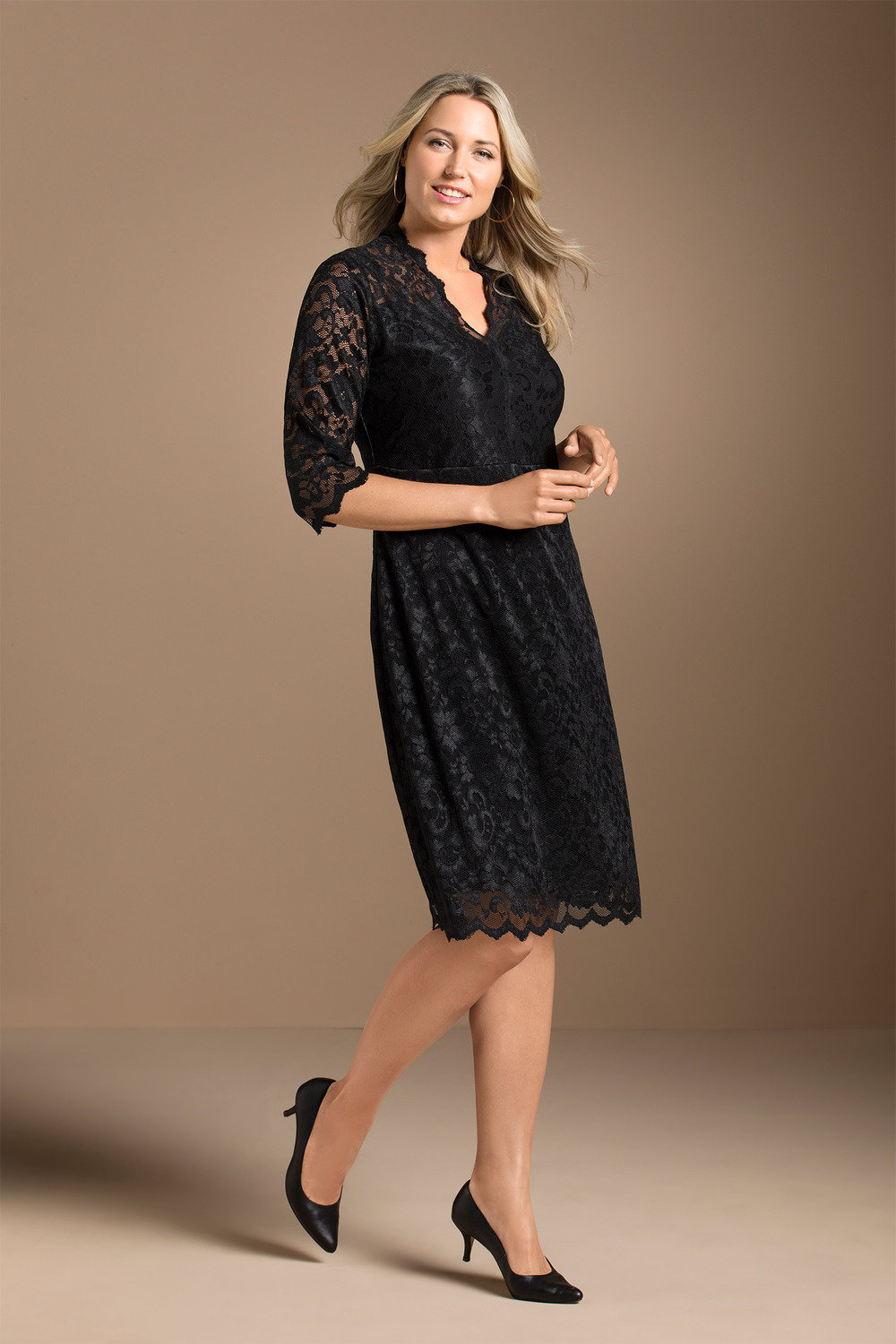 c5386fa405 Sara Stretch Lace Shift Dress