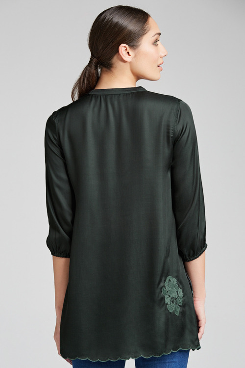Grace Hill Embroidered Shirt