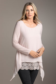 Plus Size - Sara Layer & Lace Tunic