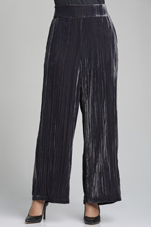 Grace Hill Velvet Wide Legged Pant