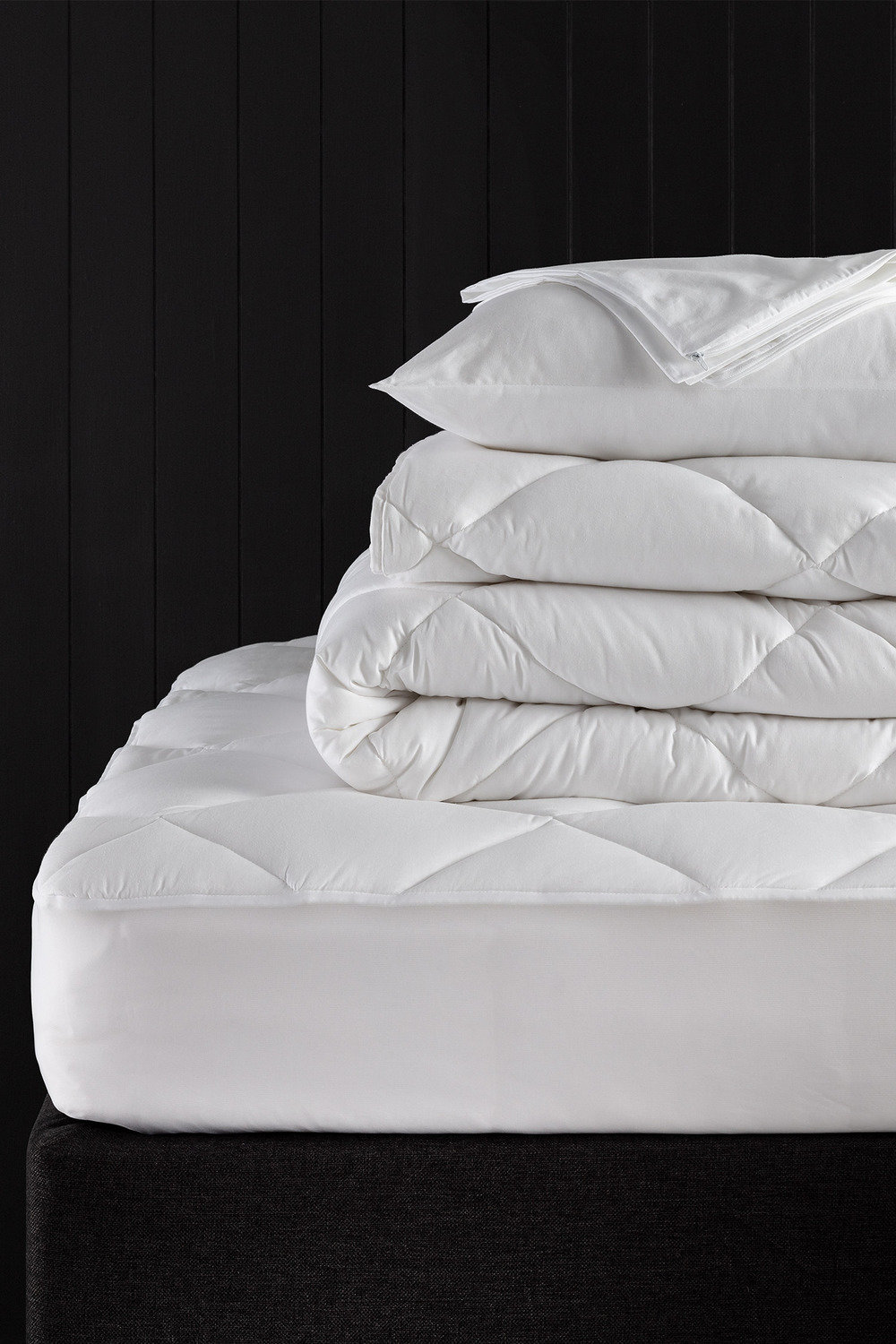 a162a0926a6 Essential Bedding Pack