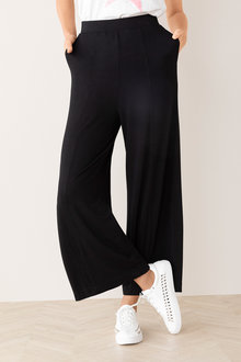 Capture Wide Leg Jersey Pant