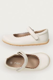 Next Scallop Mary Jane Shoes (Younger Girls)