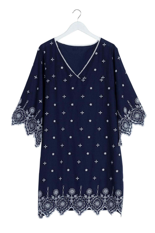 0942627c5fe56 Plus Size - Sara Broderie Kaftan