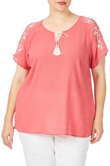 Plus Size - Beme Short Sleeve Rose Embroidered Top
