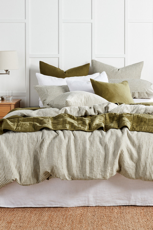 Hampton Quilted Linen Throw
