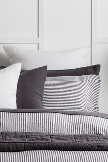 Hampton Stripe Pillowcase Pair