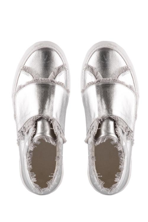 Wide Fit Daisy Rip Tape Sneaker