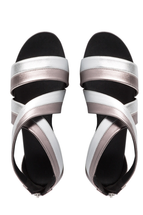 Wide Fit Harriet Crossover Sandal Flat