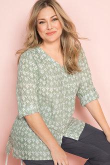 Plus Size - Sara Classic Shirt