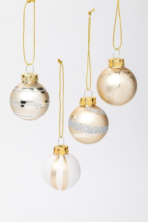 Glitzy Glass Ornaments Set 4