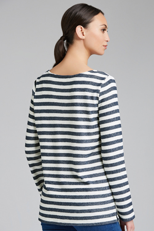 Capture Relaxed Lightweight Sweatshirt