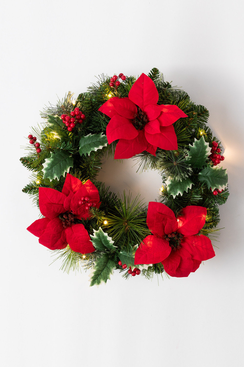 Prelit Christmas Wreath.Prelit Christmas Wreath
