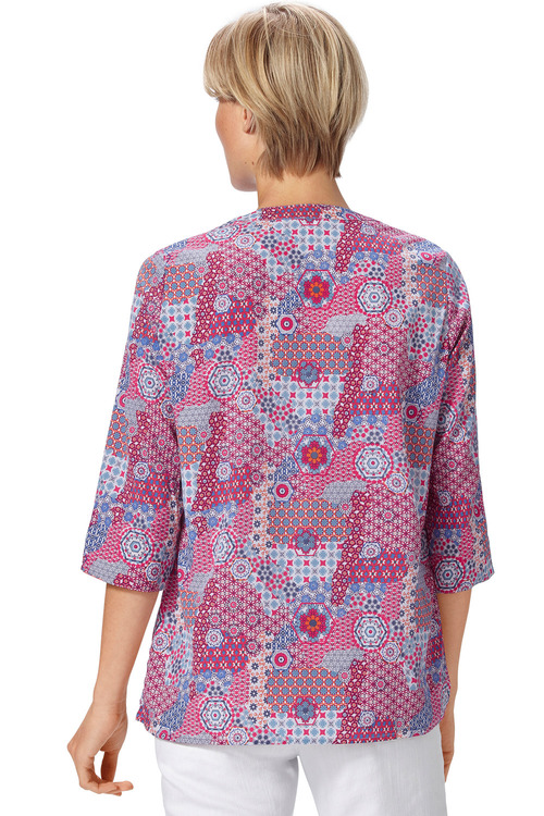 Capture European Notch Neck Printed Blouse