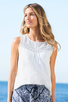 Capture Lace Trim Tank