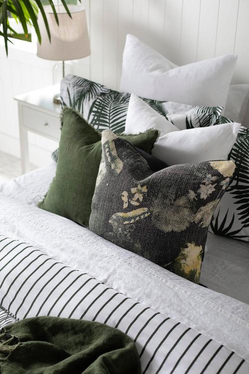 Vintage Floral Cushion