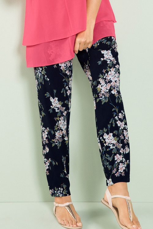 Plus Size - Sara Woven Print Pant