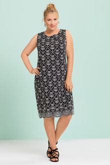 Plus Size - Sara Broderie Dress