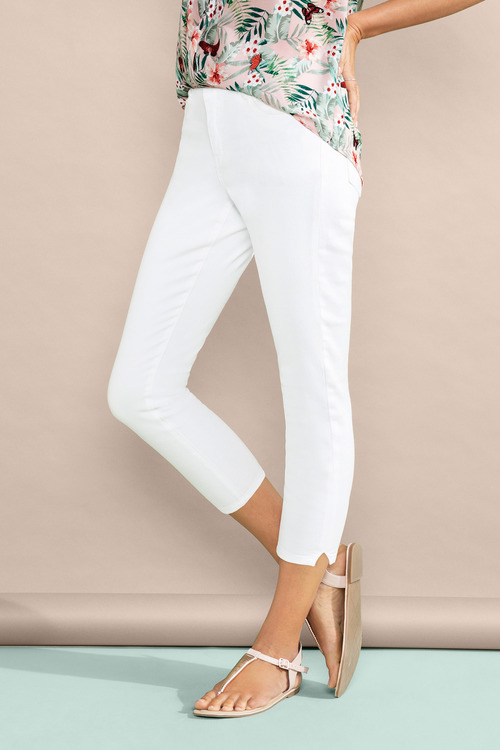 Emerge Cropped Jeans