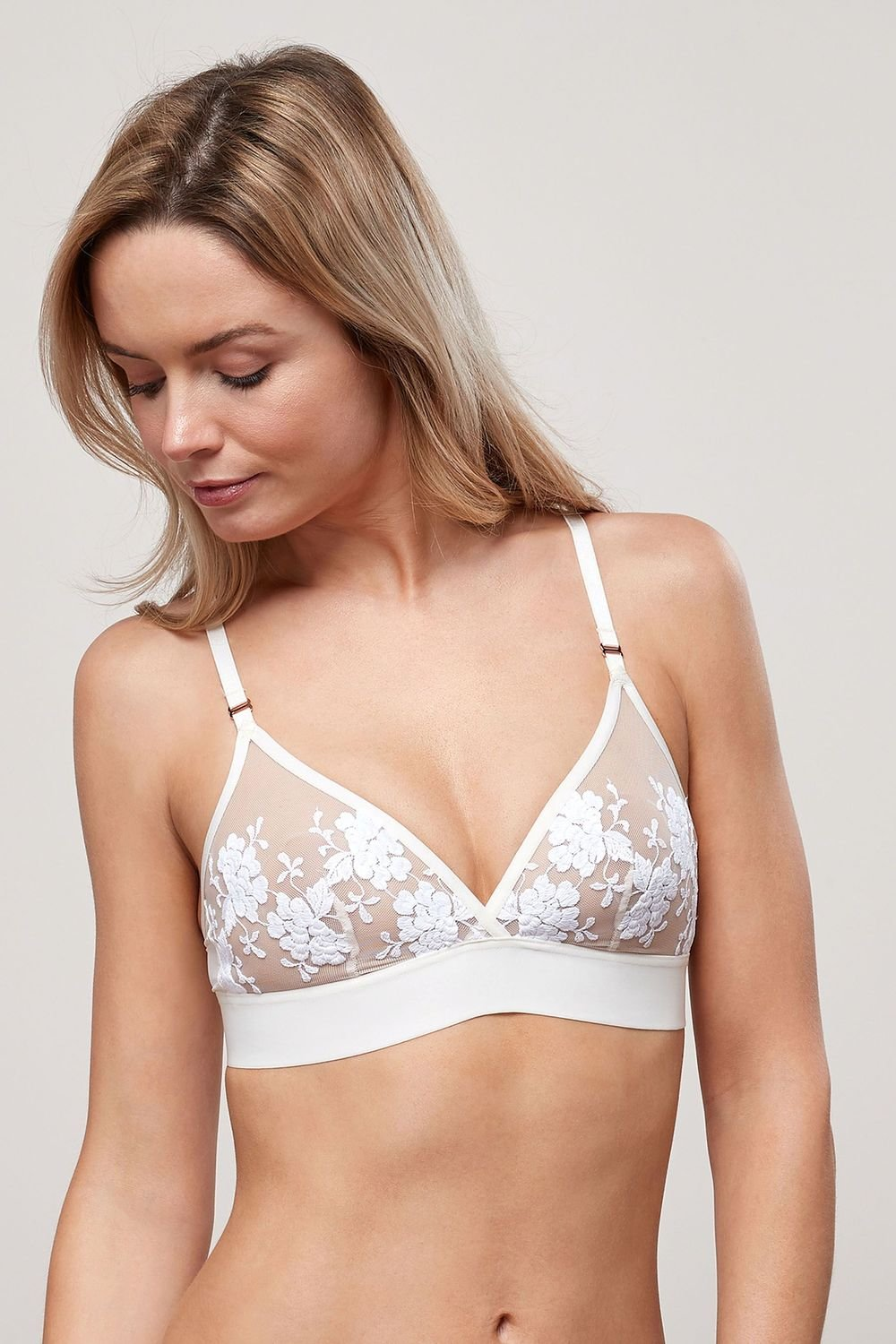 69965d5190322 Next Embroidered Non-Pad Non-Wired Bralette Online