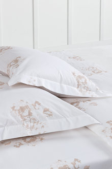 250 Thread Count Cotton Flanged Printed Pillowcase Pair - 209714