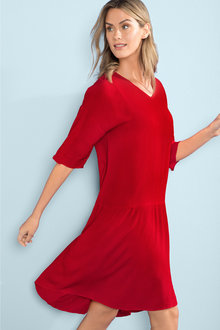 Capture V Neck Drop Hem Dress - 209815