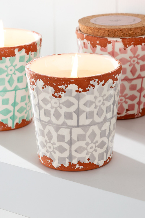 Wax Design Candle with Lid