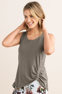 Capture Eyelet Trim Tank