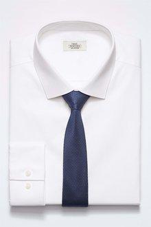 Next Shirt With Navy Tie Set - Slim Fit Single Cuff