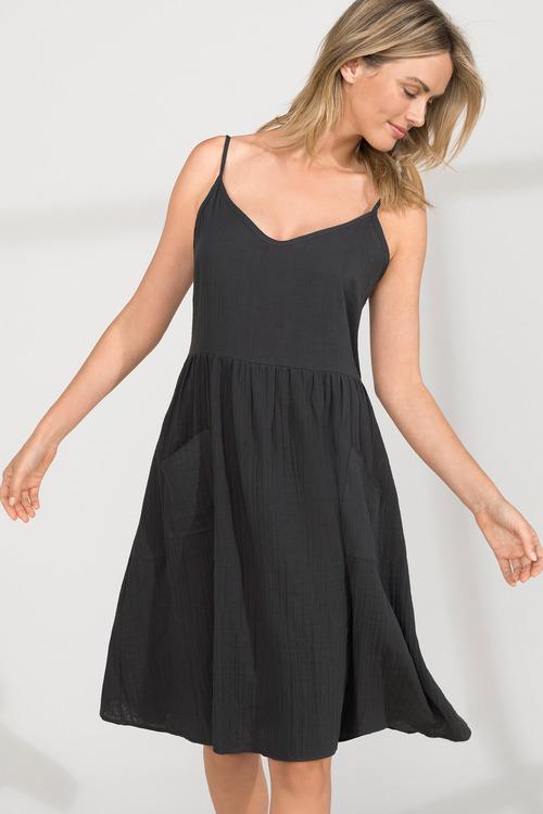 Capture Pocket Detail Dress