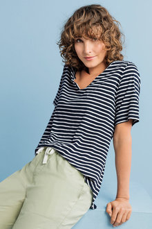 Capture Stripe Split Neck Tee - 214134