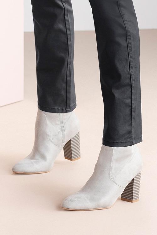 Wide Fit Lockerbie Ankle Boot