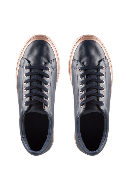 Wide Fit Blythe Sneaker