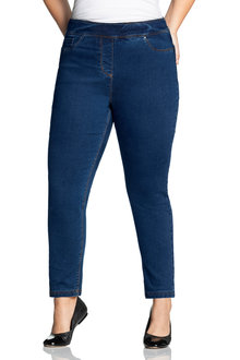 Plus Size - Sara Pull On Slim Leg Jean