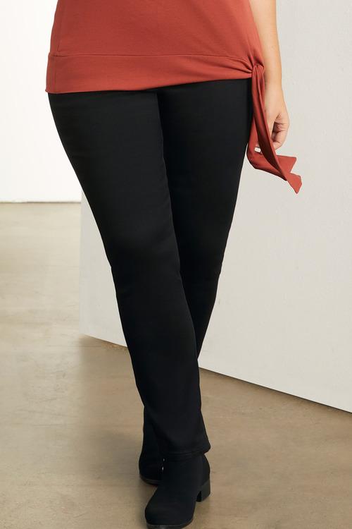 Plus Size - Sara Pull On Straight Leg Jean