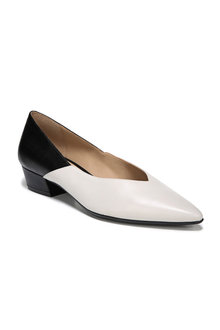 Betty Court Heel