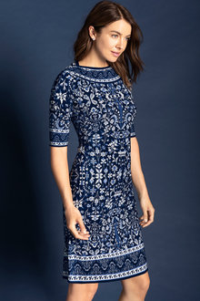 Capture Dry Knit Border Print Elbow Sleeve Shift Dress