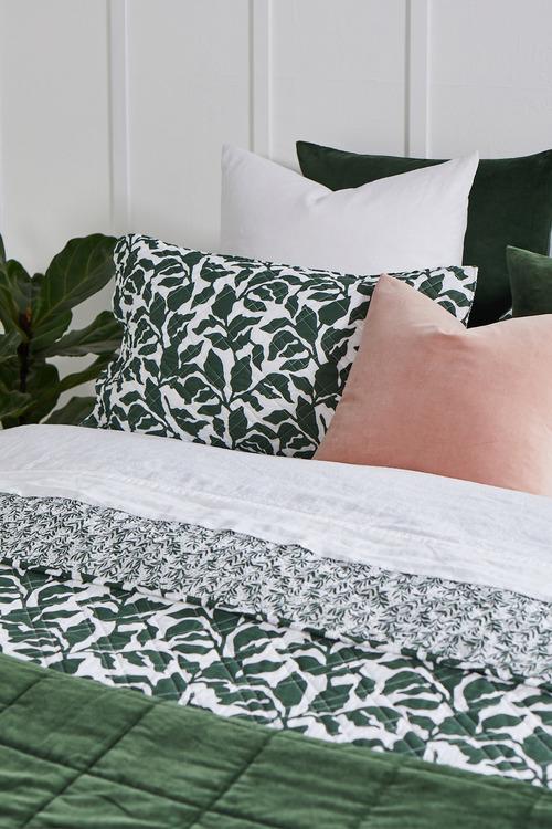 Foliage Quilt Set