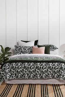 Foliage Quilt Set - 216296