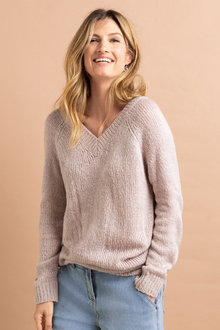 Capture Chunky V Neck Jumper