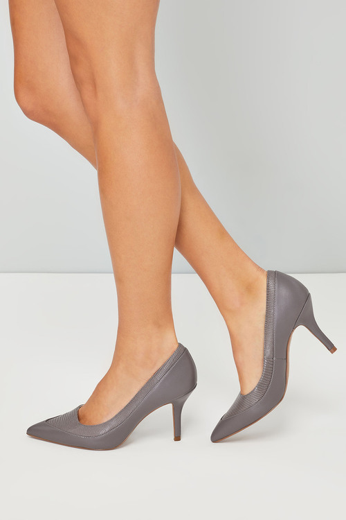 Next Court Shoe