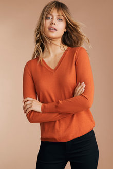Emerge Merino V Neck Sweater - 218426