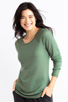 Capture Merino Raglan Sweater - 218815