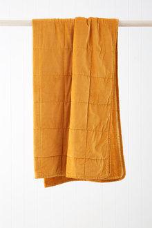 Windsor Quilted Velvet Throw - 219946