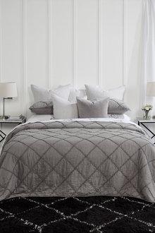 Harrowset Ruffle Bedcover Set - 220048