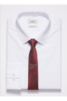 Next Shirt With Burgundy Tie And Tie Clip Set - Regular Fit Single Cuff