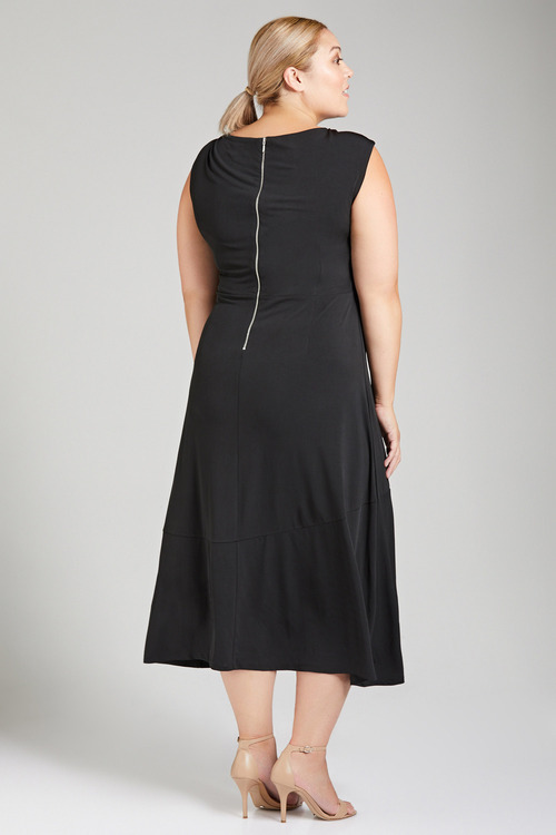 Plus Size - Sara Knot Front Dress
