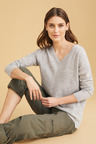 Capture Lambswool V Neck Sweater